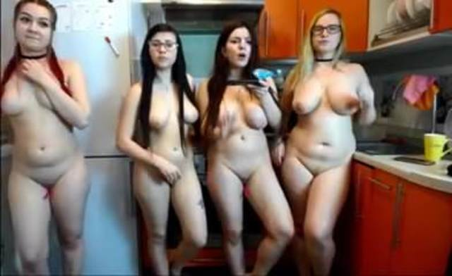 Nude curvy women group