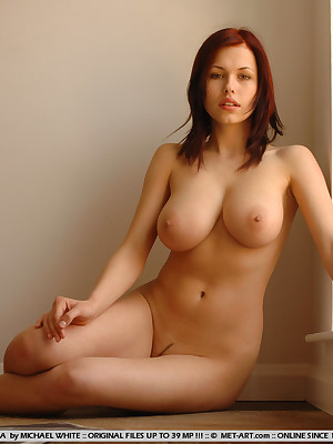 Naked big beautiful women breast