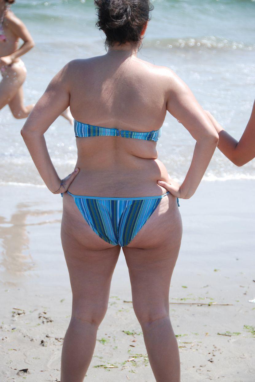 Curvy girls at the beach