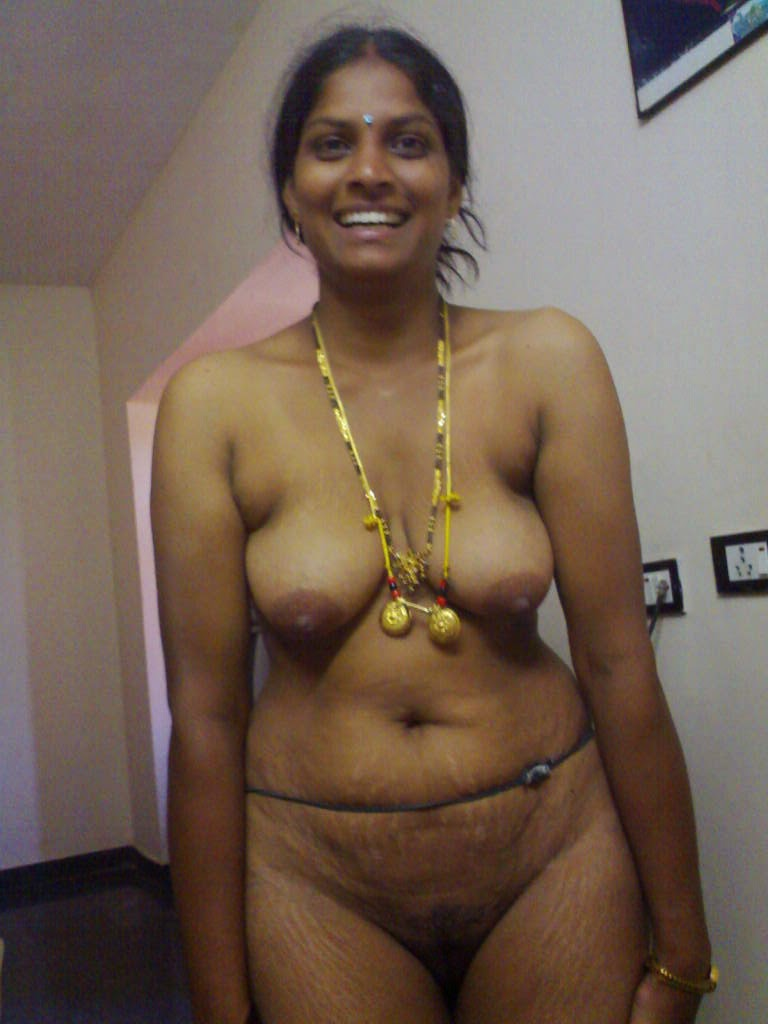 South indian aunties saree nude images
