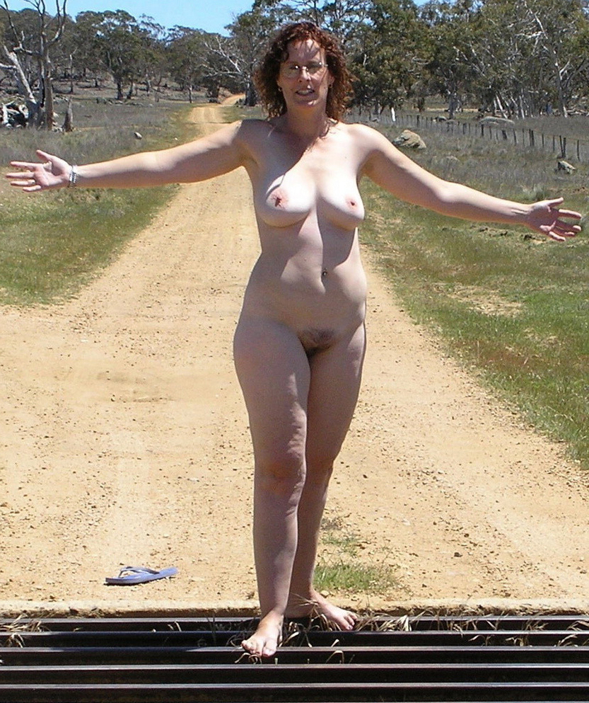 Mature nude women outdoor shower