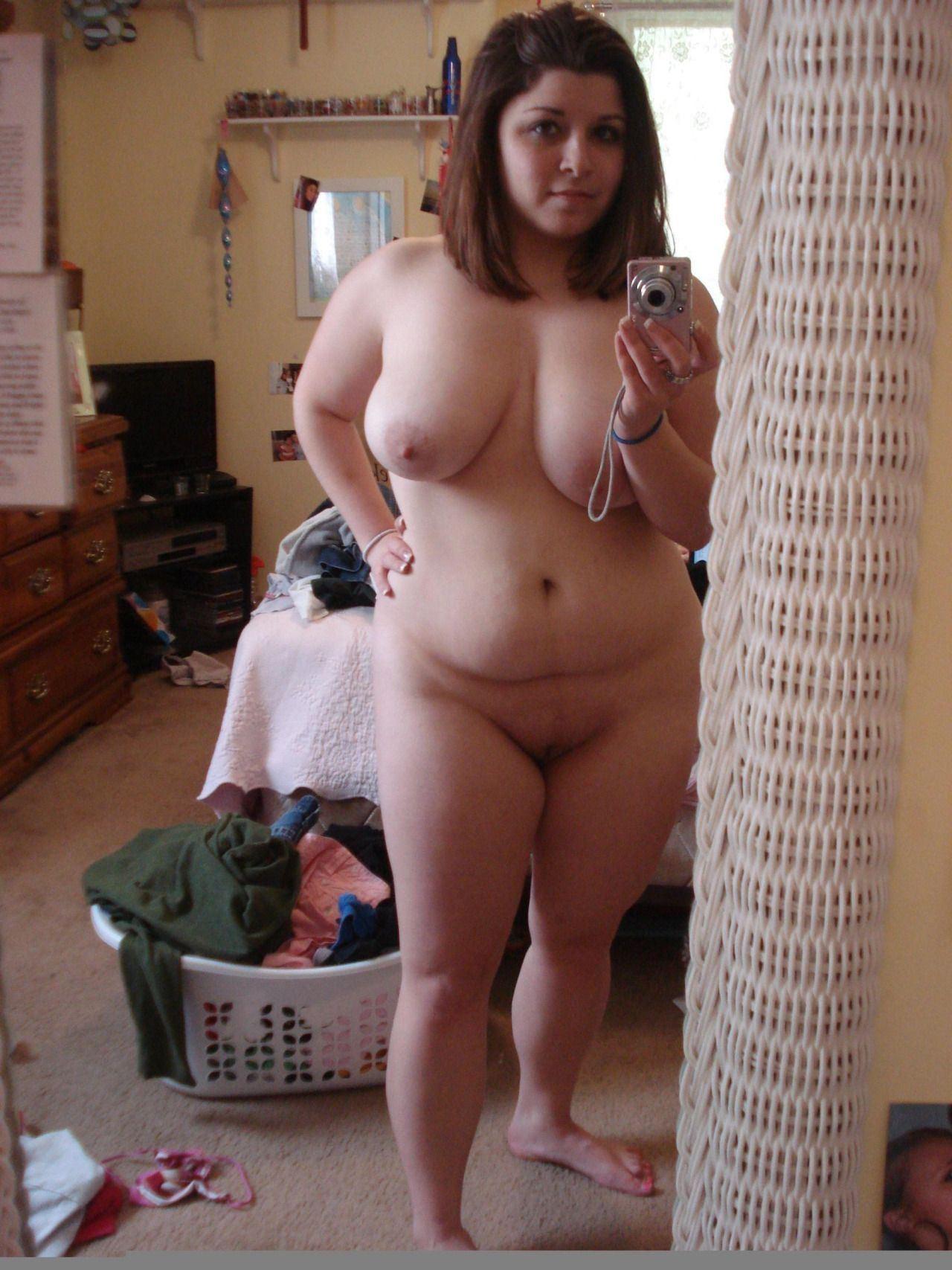 Girls naked photos nude short