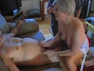 Mature bisexual dick suck orgy
