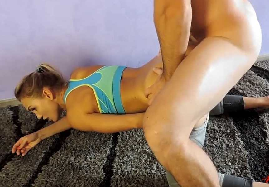 Mom loves anal sex with son
