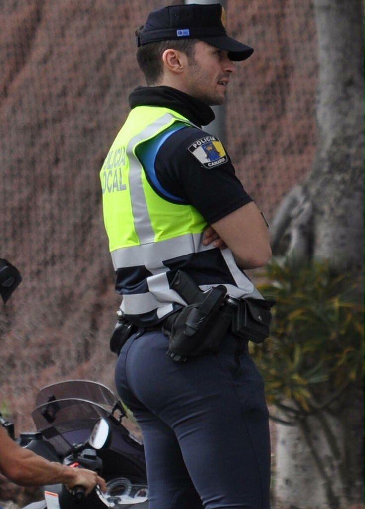 Big ass police officer