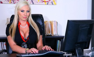 Andreea esca poze porno