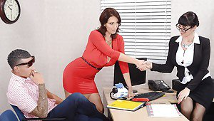 Porn star julia ann office