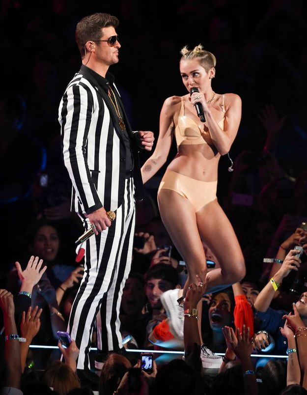 Robin thicke and miley cyrus performance