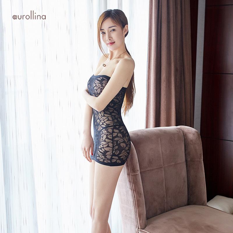 Low slut dress cut in wife