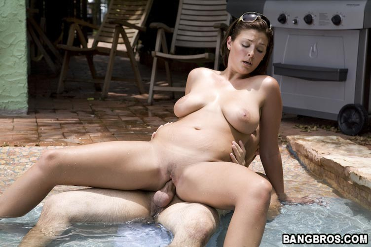 Big milf outdoor boob