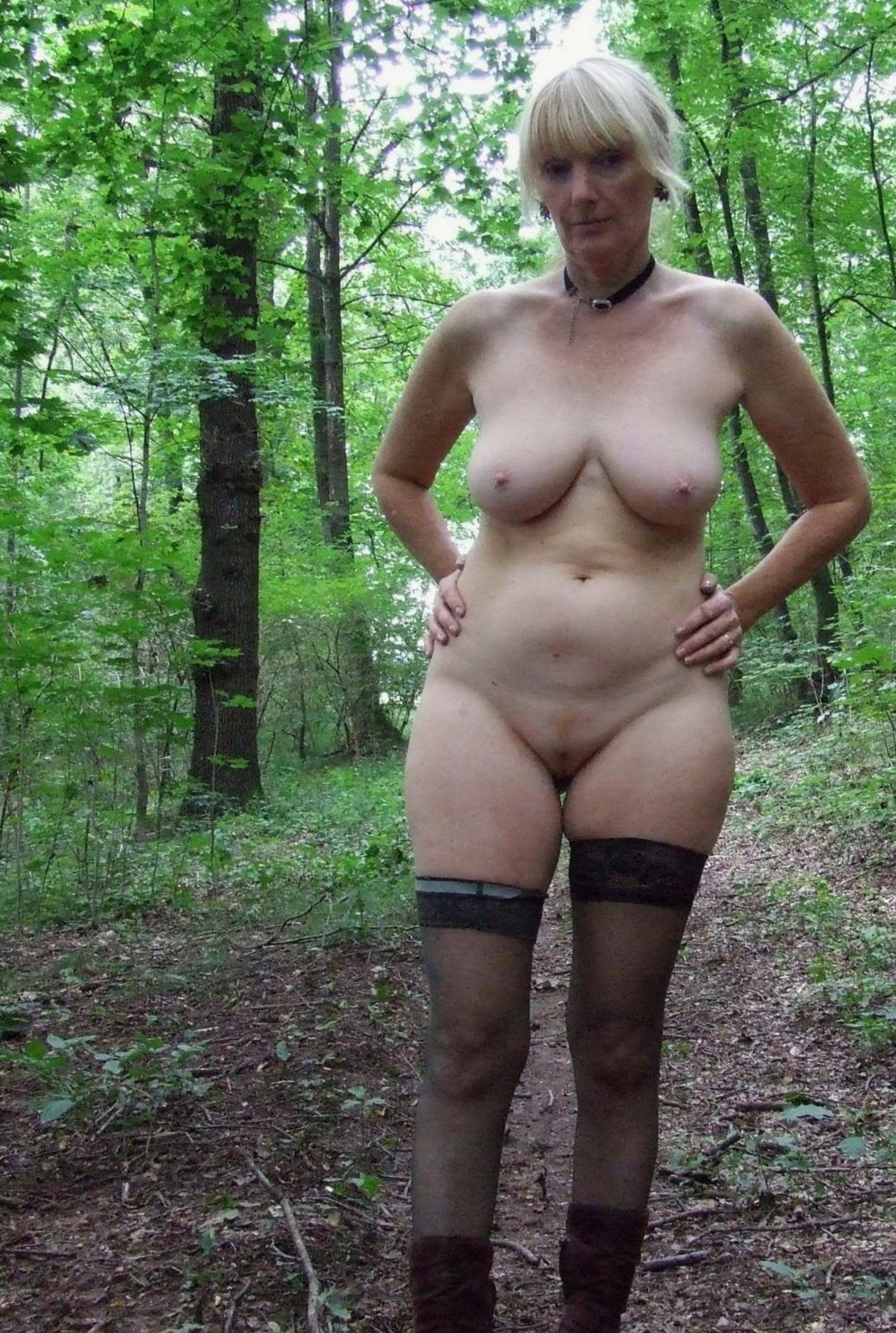 Daily nude mature amateurs