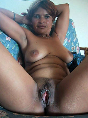 Indian mature naked picture