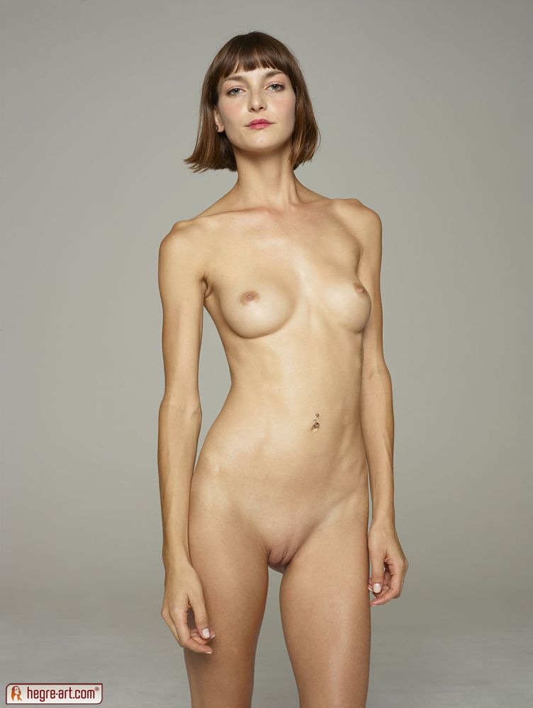 Naked girls standing pics