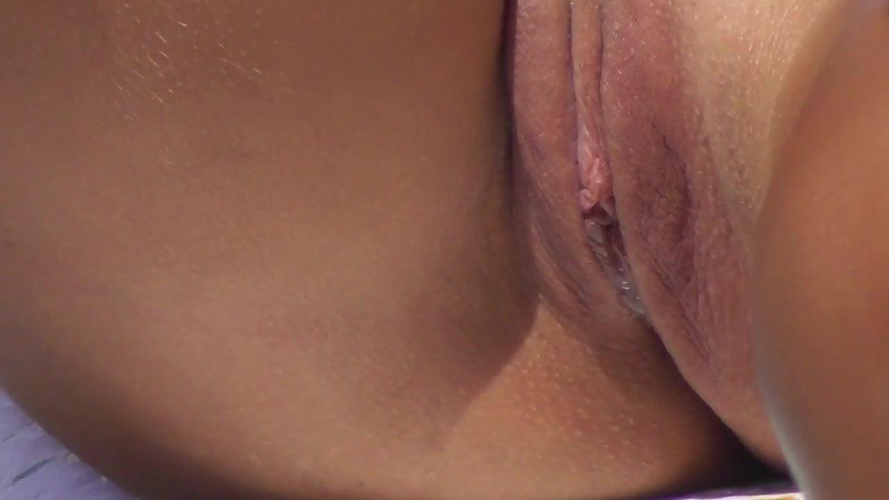 Dripping wet pussy upskirt