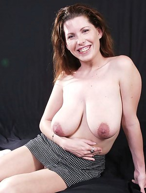 Grannies very droopy tits pictures