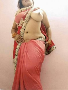 Indian aunty nude showing her big ass