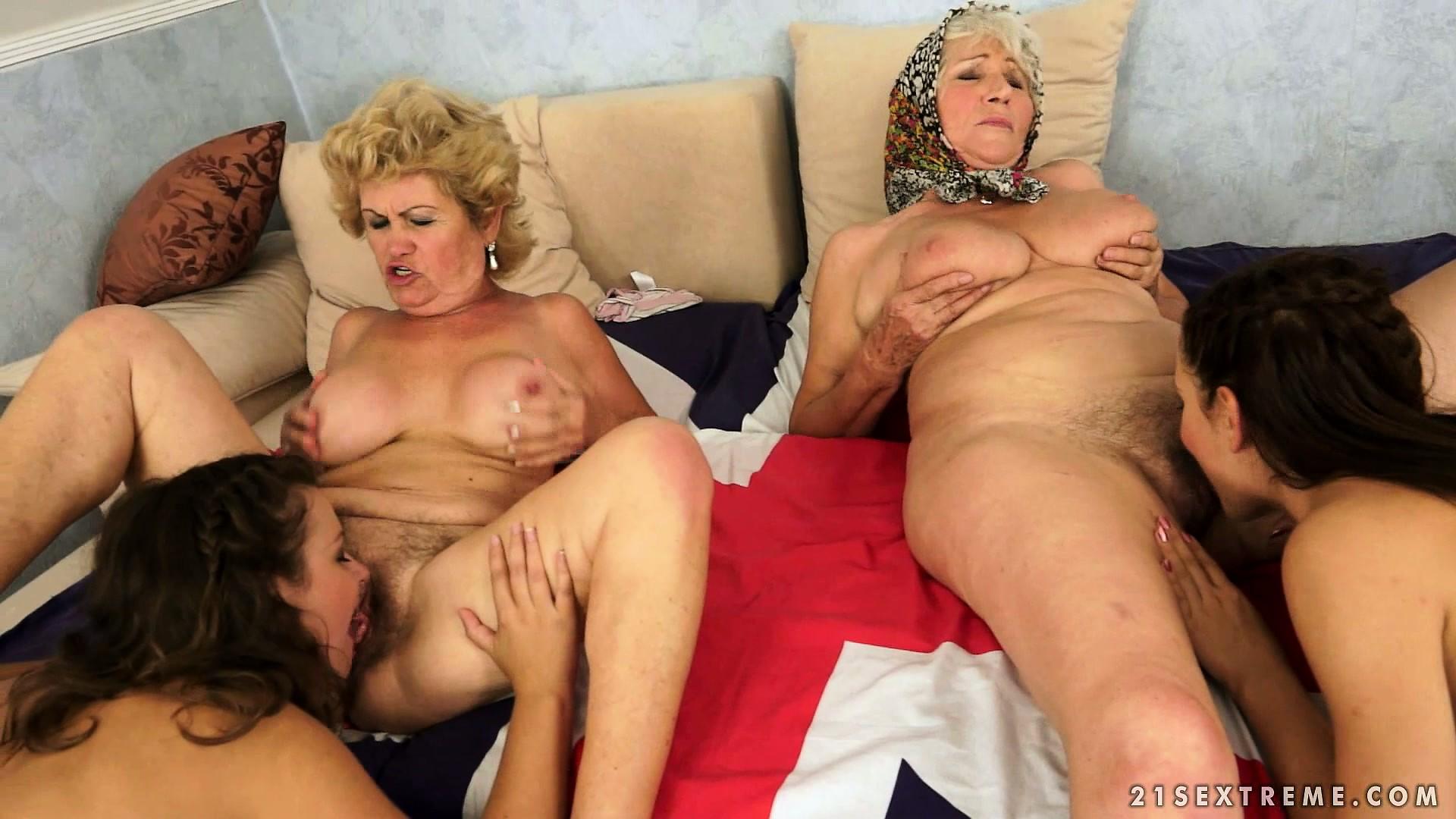 Porno photo old and yong lesbian orgi