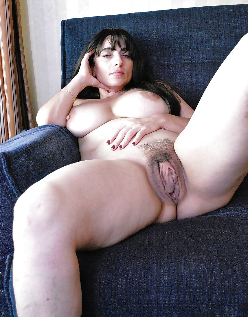 Hairy amateur women naked