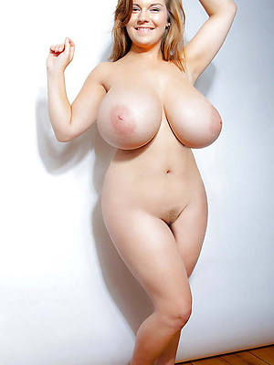 Nude girl big breast