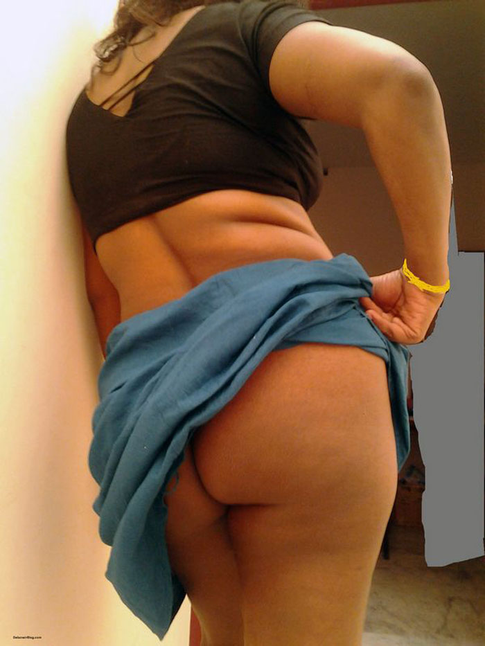 Nude aunty big ass