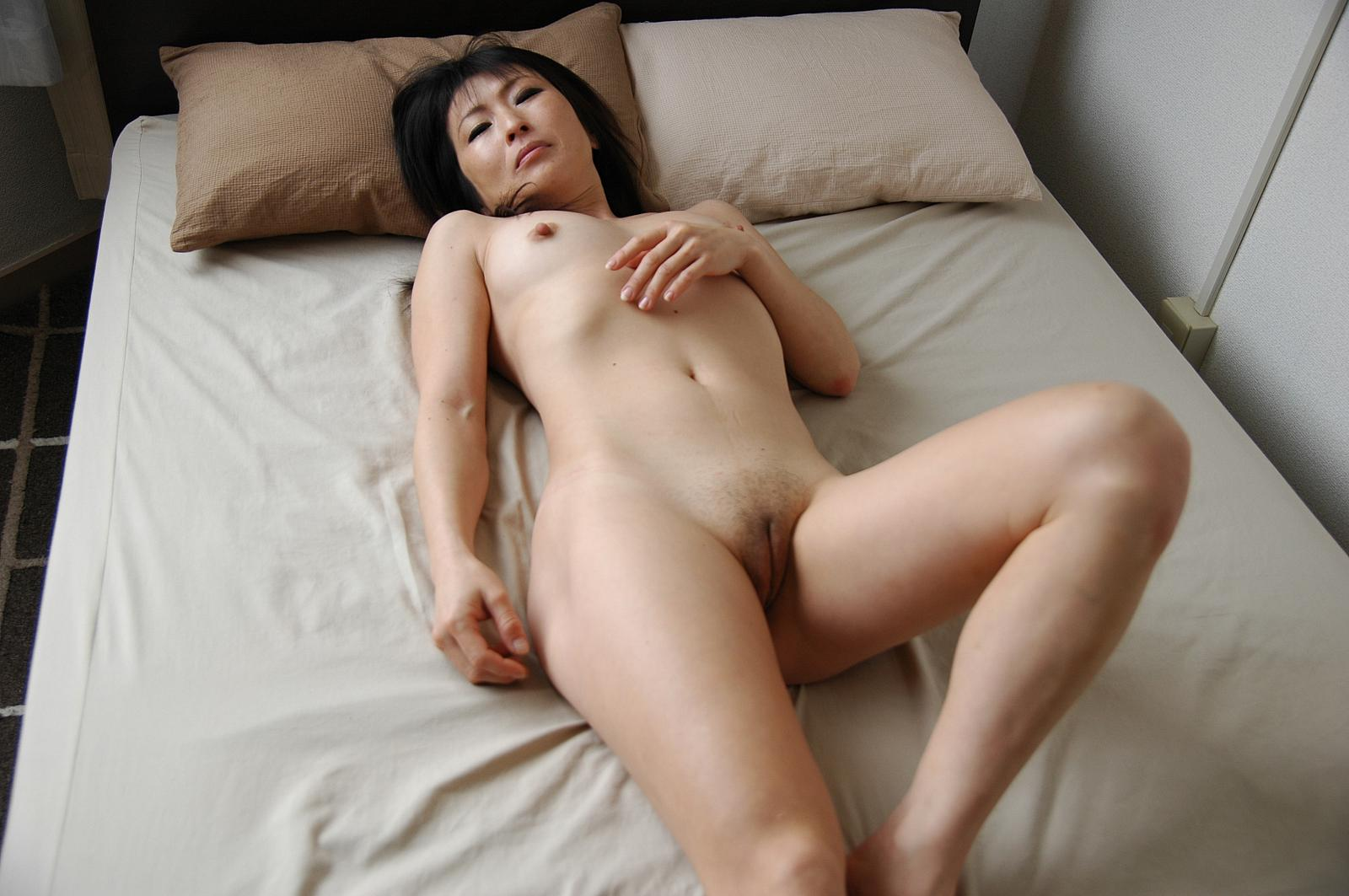 Mature asian shaved pussy milf