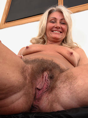 Hairy pussy women porn