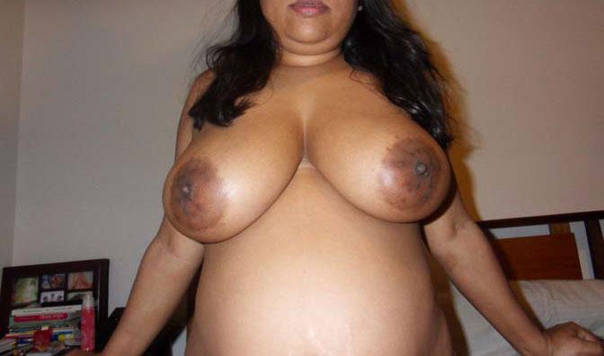 Desi big breast nude