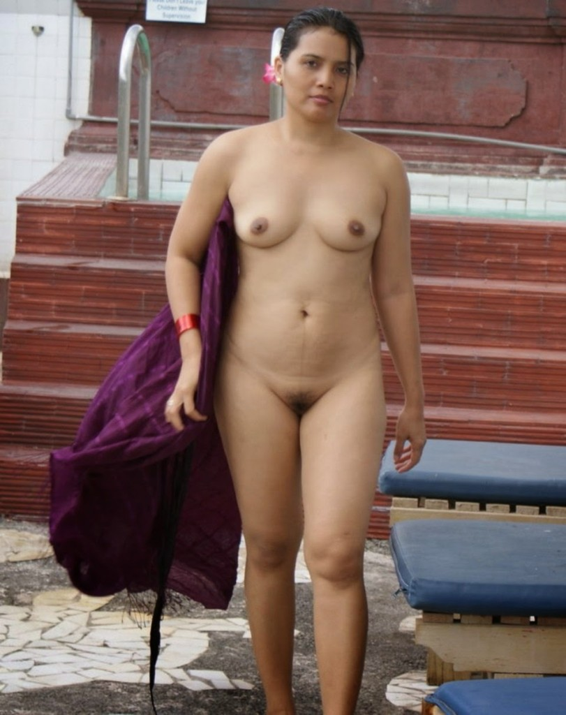 Amazing tamil aunty nude beach