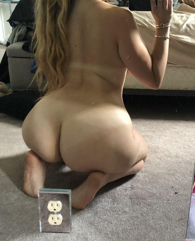 Arab big ass naked photo