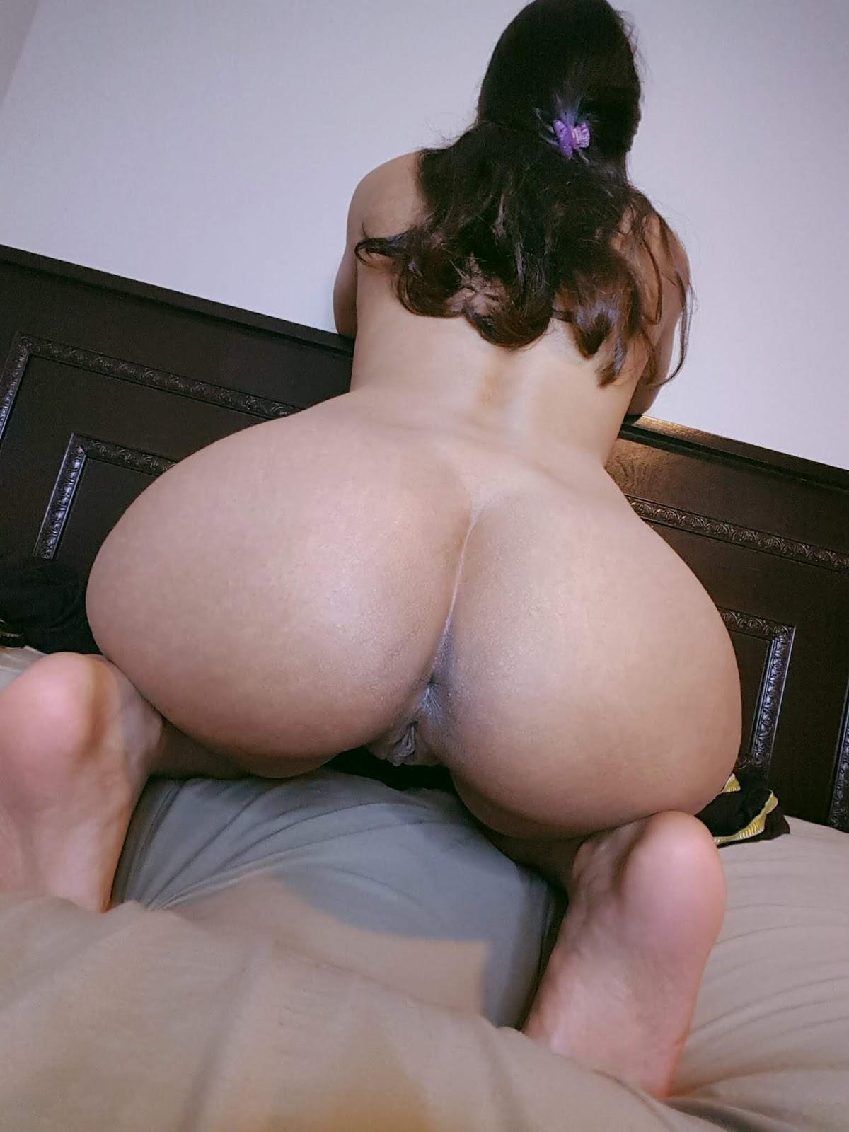Indian girls nude ass
