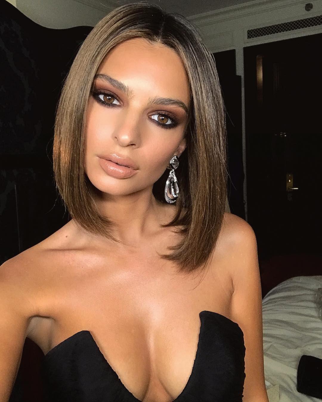 Brown eye girl anal sex