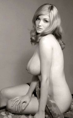Nude hot vintage girls