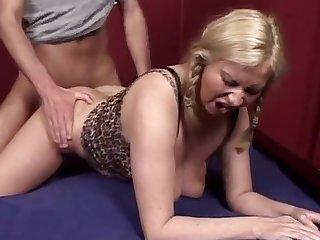 Mature big saggy tits milf fucking