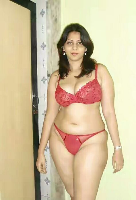 Desi hot bhabhi penty and bra image