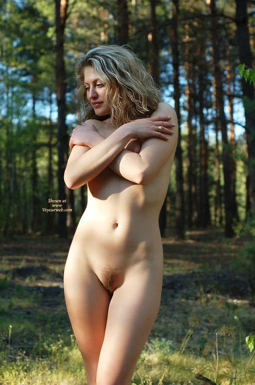Nude blonde girls bush