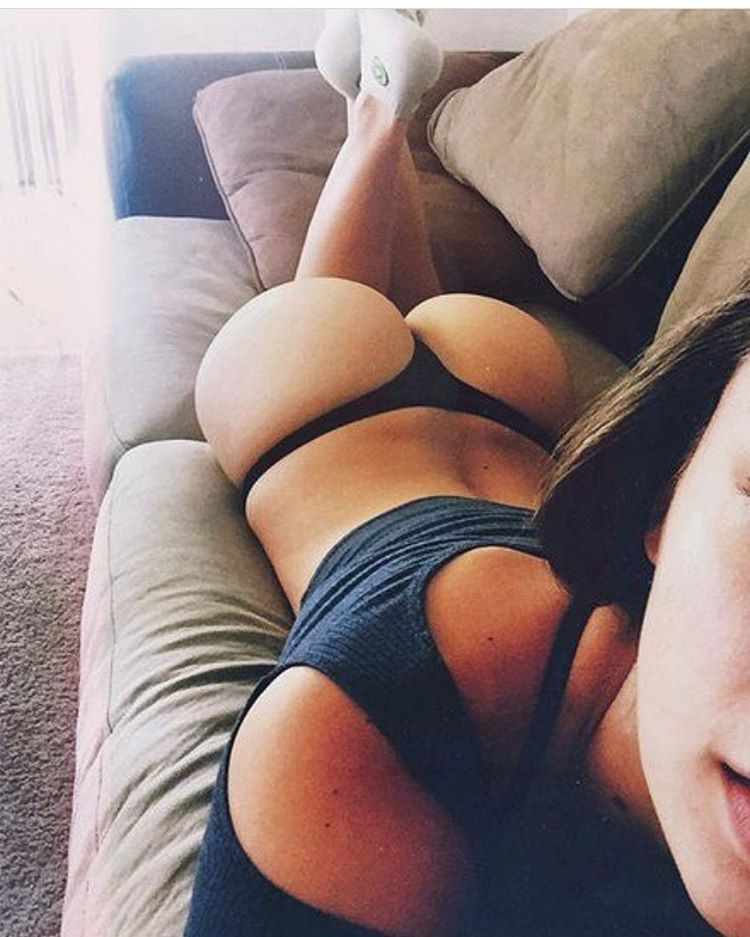 Selfie hot girl thong