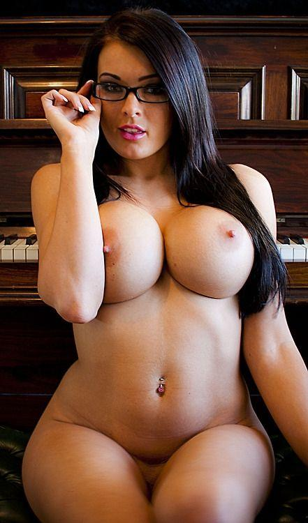 Nude sexy big boobs