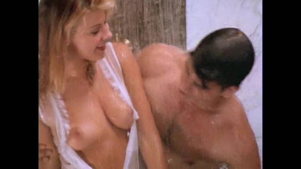 Amy lindsay free nude