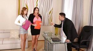 Dildos sexiga anal kvinnor mogna