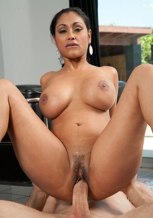 Big fat indian girls nude pussy fuk