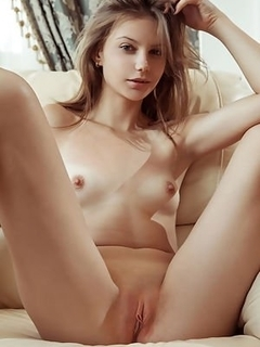 Girl photo naked porno buetiful