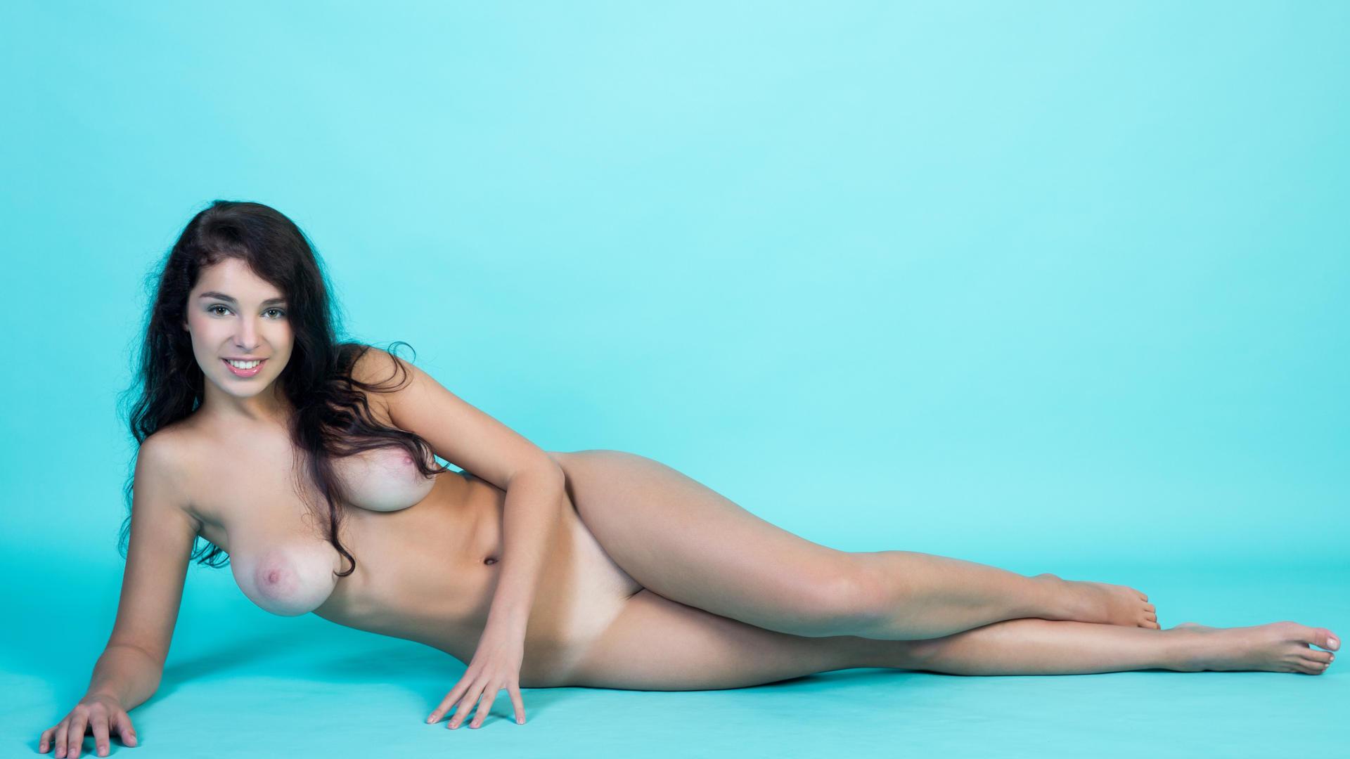 Boob russian nude model big brunette