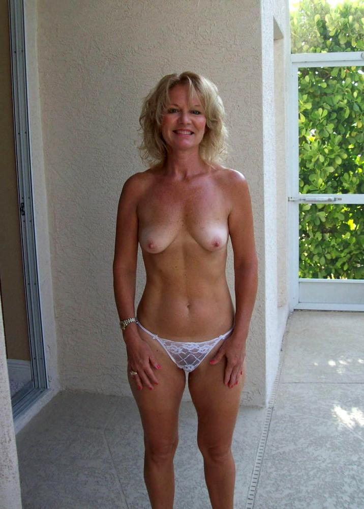 Natural sexy nude pics