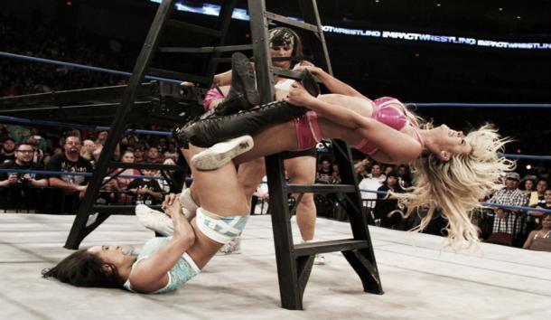 Womens nude hardcore wrestling