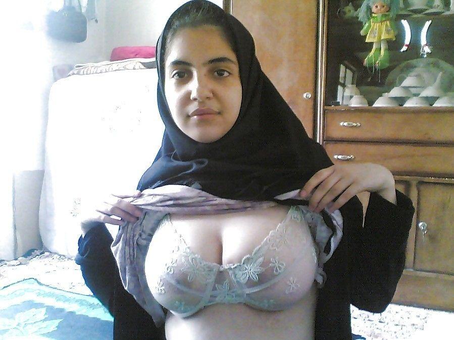 Hot muslim girls boobs xx