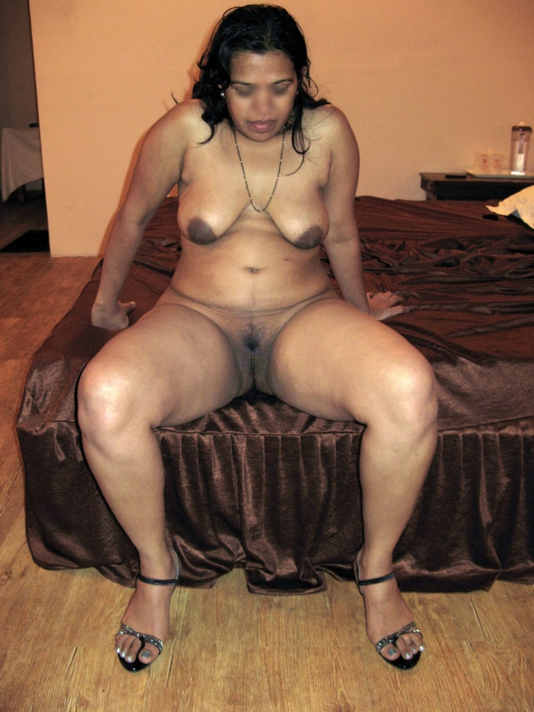 Sexy pussy of indian women