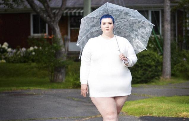 Nude chubby girl teasing outdoor