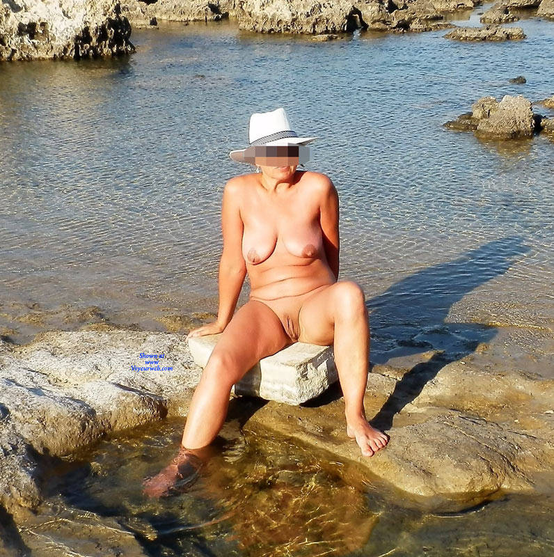 Amateur wife nude beach