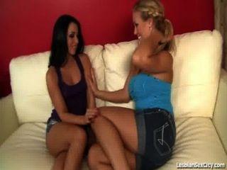 Lesbian teenies grind pussies