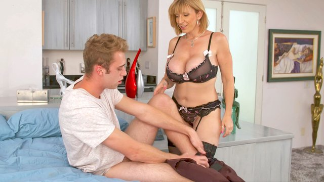Sara jay hot mom